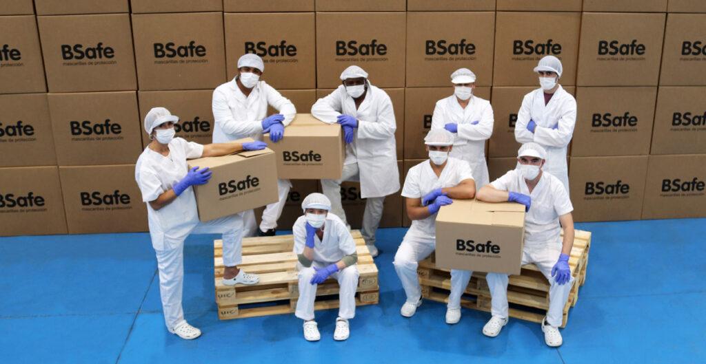 trabajadores fábrica BSafe mascarillas Vitoria