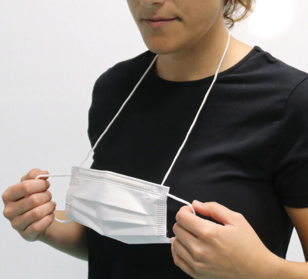 mascarilla BSafe dynamic con cordon para colgarla